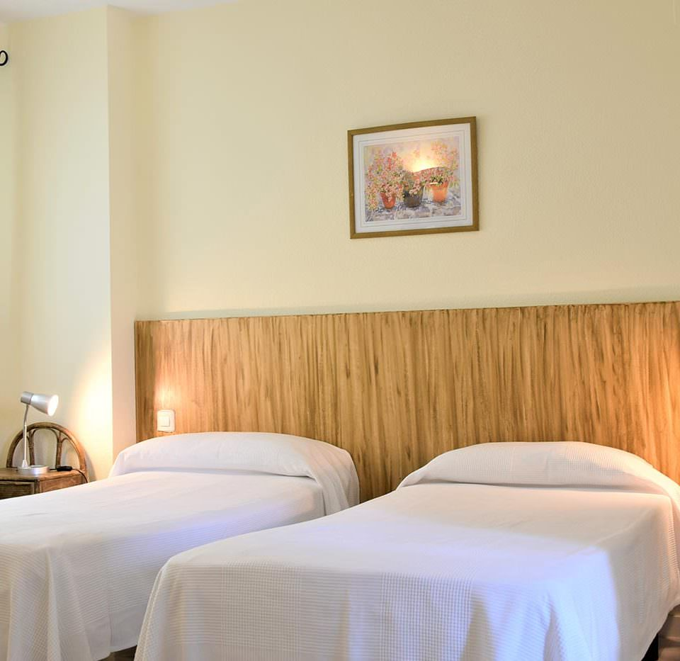 Dormitorio 2 camas Apartamentos Serinamar